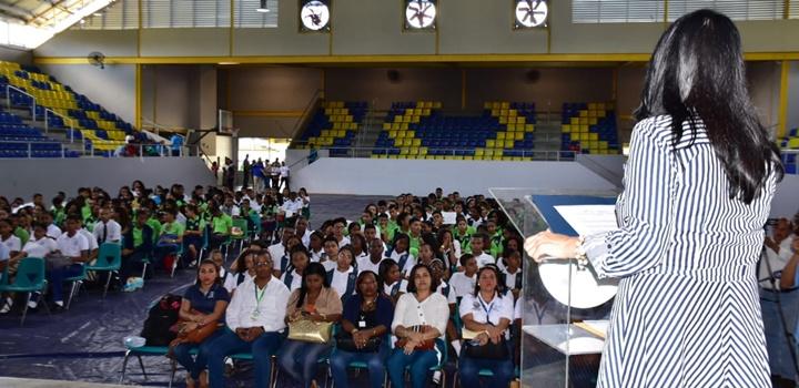 Jóvenes colonenses capacitan en la prevención de la violencia (3)
