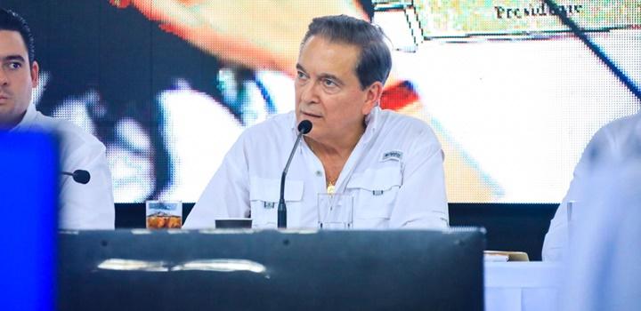 MIDES anuncia en Colón (2)