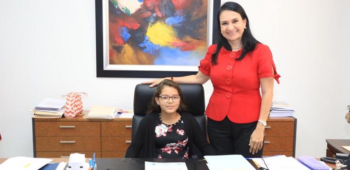 MIDES recibe visita de estudiantes de puestos distinguidos de la Escuela Pedro, 2019 (2)