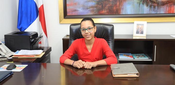 MIDES recibe visita de estudiantes de puestos distinguidos de la Escuela Pedro, 2019 (3)