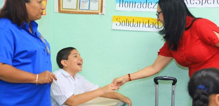 MIDES recibe visita de estudiantes de puestos distinguidos de la Escuela Pedro, 2019 (5)