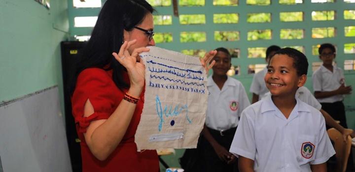 MIDES recibe visita de estudiantes de puestos distinguidos de la Escuela Pedro, 2019 (8)