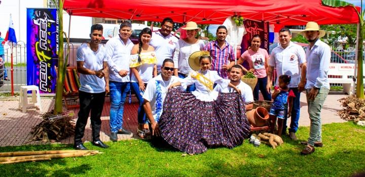 MIDES-Coclé realiza Festival Folclórico y (17)