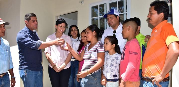 Jornada gubernamental en la Provincia de Herrera (4)
