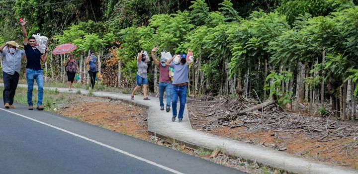 Mides entrega formulas infantiles en Azuero y Veraguas (7)